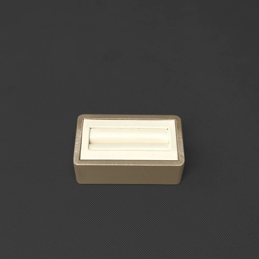 BH-004 Bracelet Stand Display Front | Besty Display